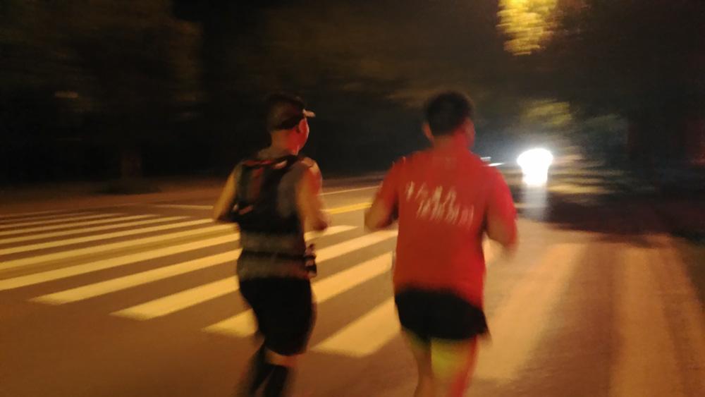 《人生中第一次全程马拉松》